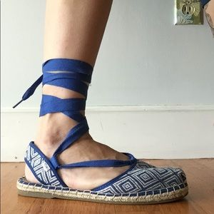 Toms espadrilles. Only worn once. Blue, cute! 8.5